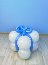 """Подставка из шаров для фонтана """"Подарок"""""""